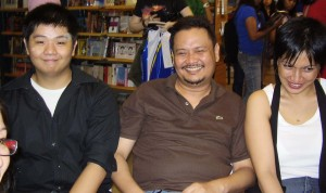 Litcritter support! Andrew Drilon, who did the art, Dean Alfar, who worte my blurb, his lovely wife Nikki, who I should have asked to read because I love her voice. I think That's Kate Osias in the corner. Yay!