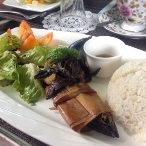 This charming town: Taal life and food at Feliza Taverna y Cafe